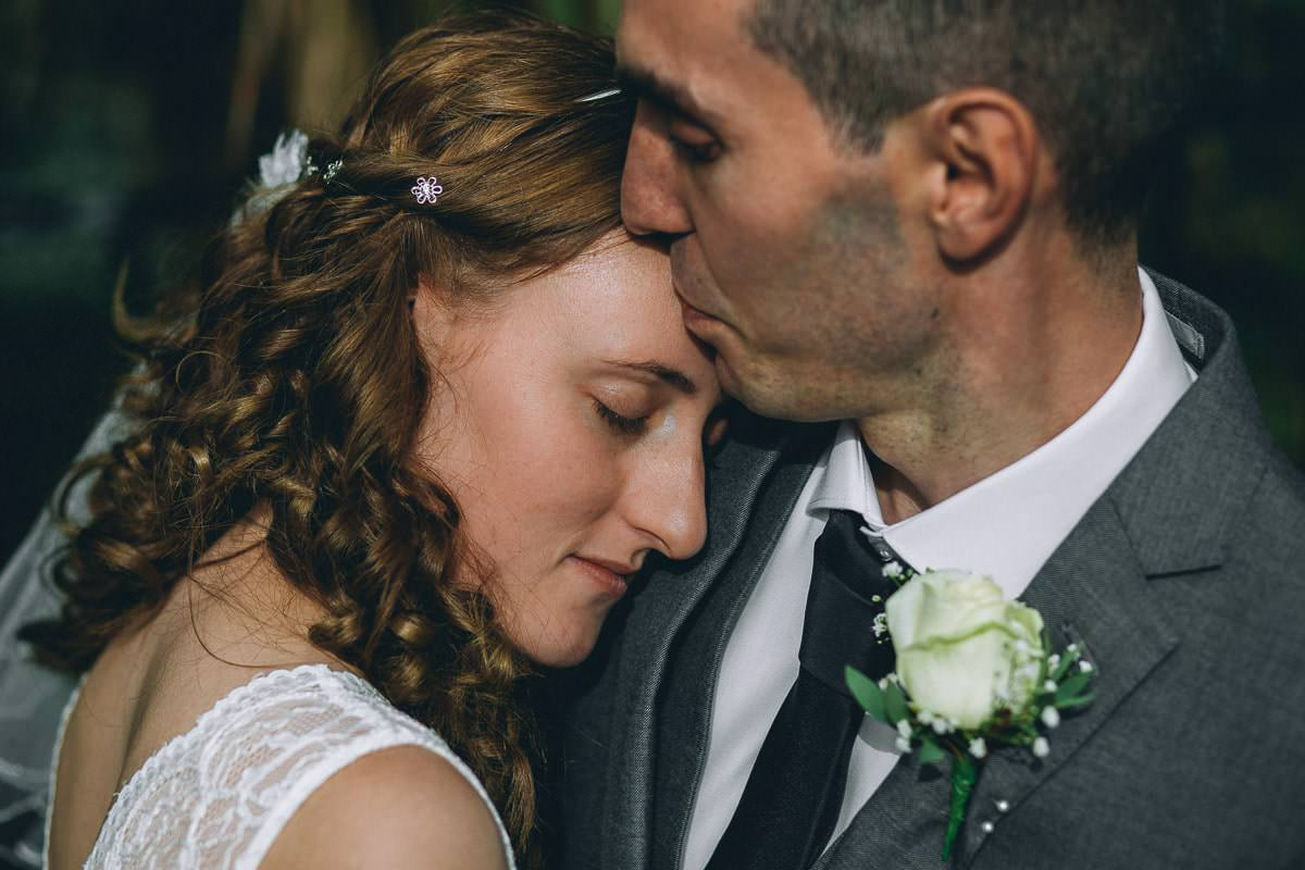 5 Reasons why you should hire professional photographer - London wedding photographer 1