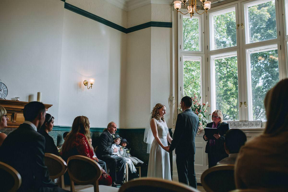Croydon Register Office - Croydon wedding photographer 34