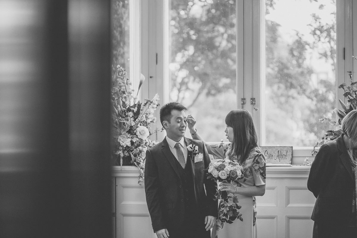 Croydon Register Office - London wedding photographer 26
