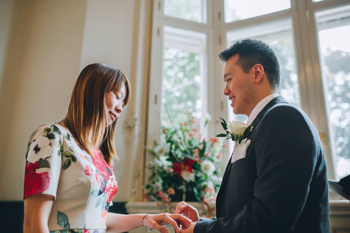 Croydon Register Office - London wedding photographer 19