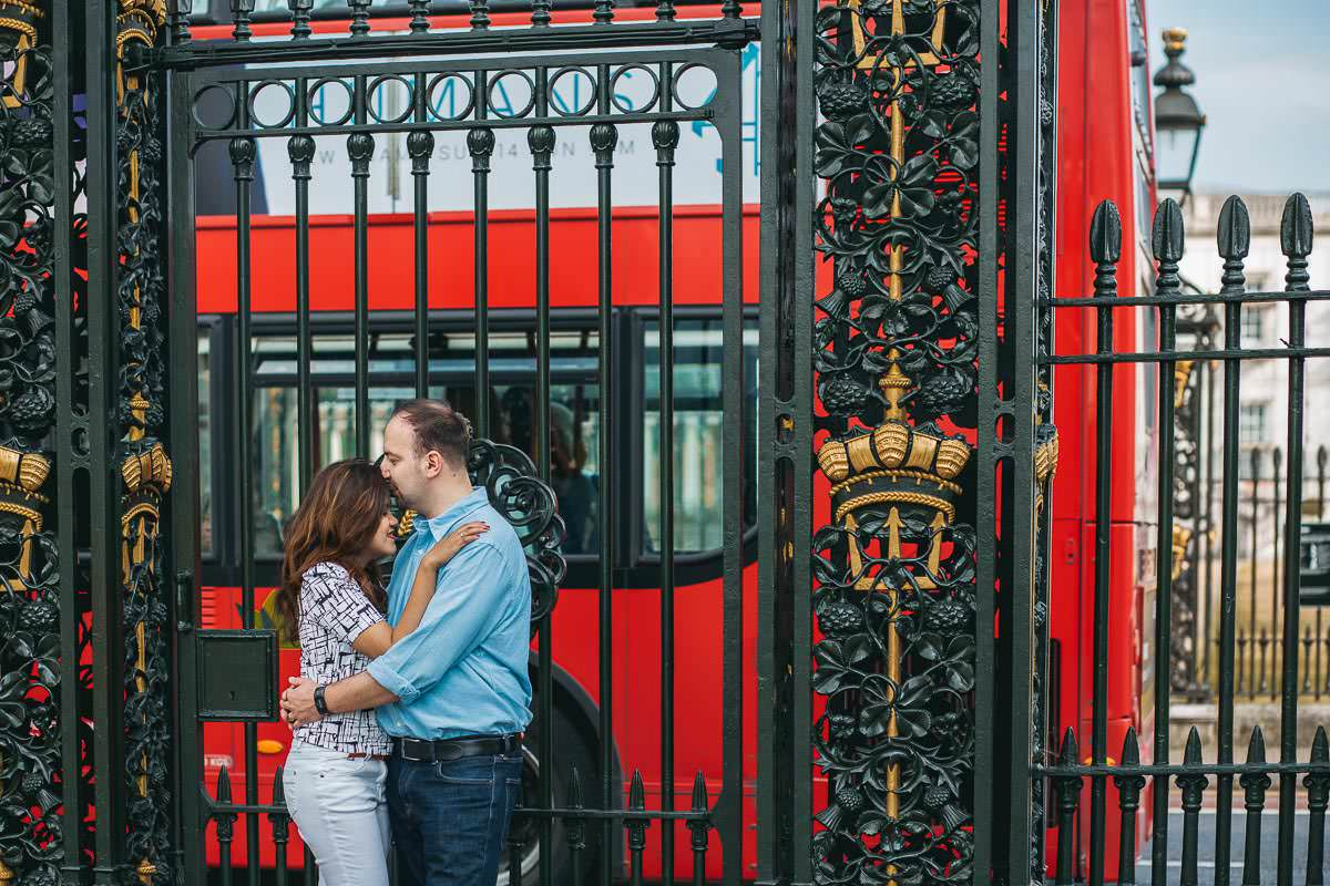 Holy and Maciej - Engagement shoot in Greenwich 27