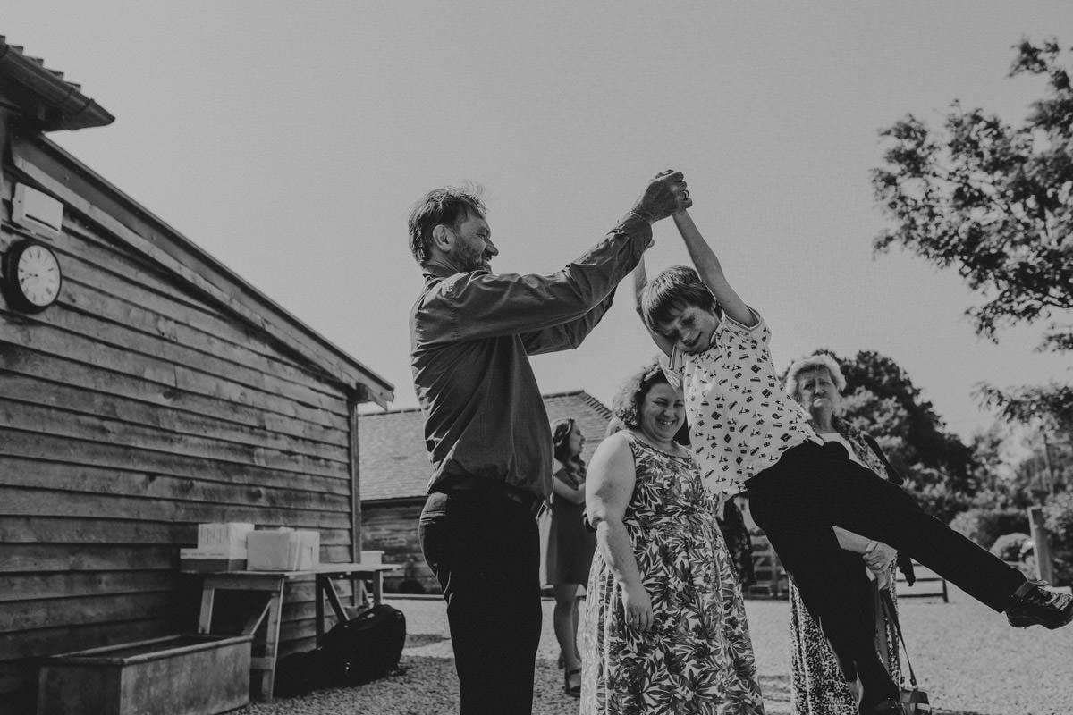 Green farm - Kent wedding photographer 60
