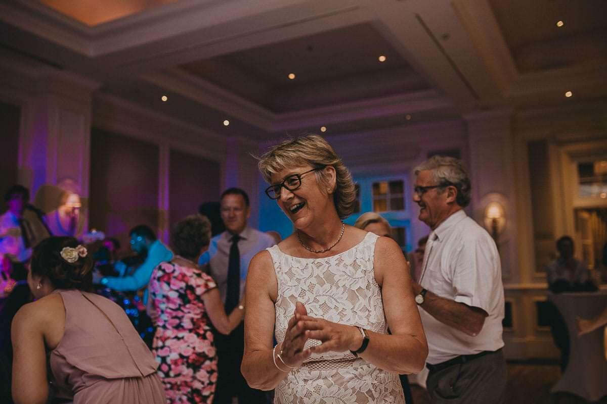 Four Seasons hotel - Hampshire wedding photographer 94