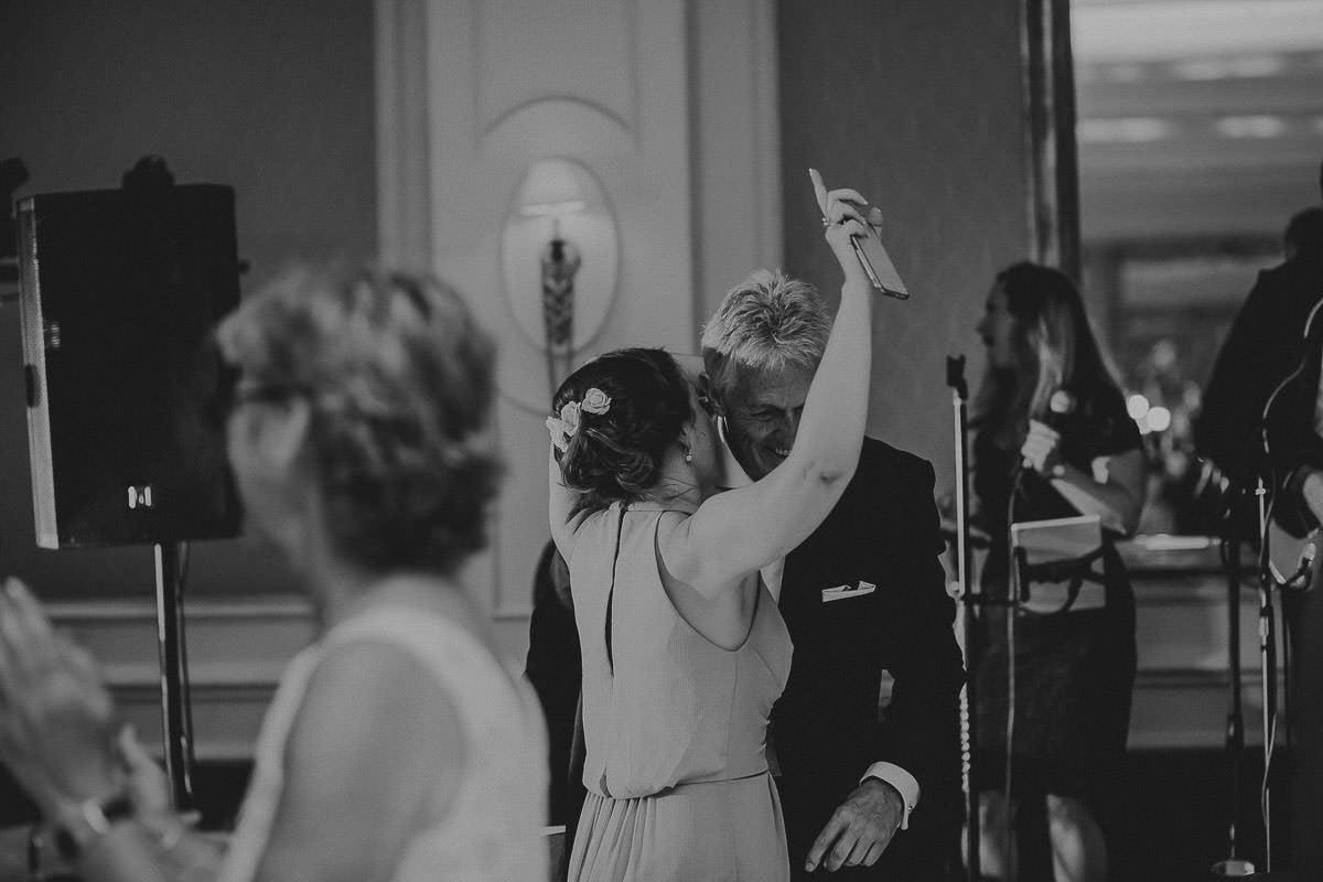 Four Seasons hotel - Hampshire wedding photographer 86