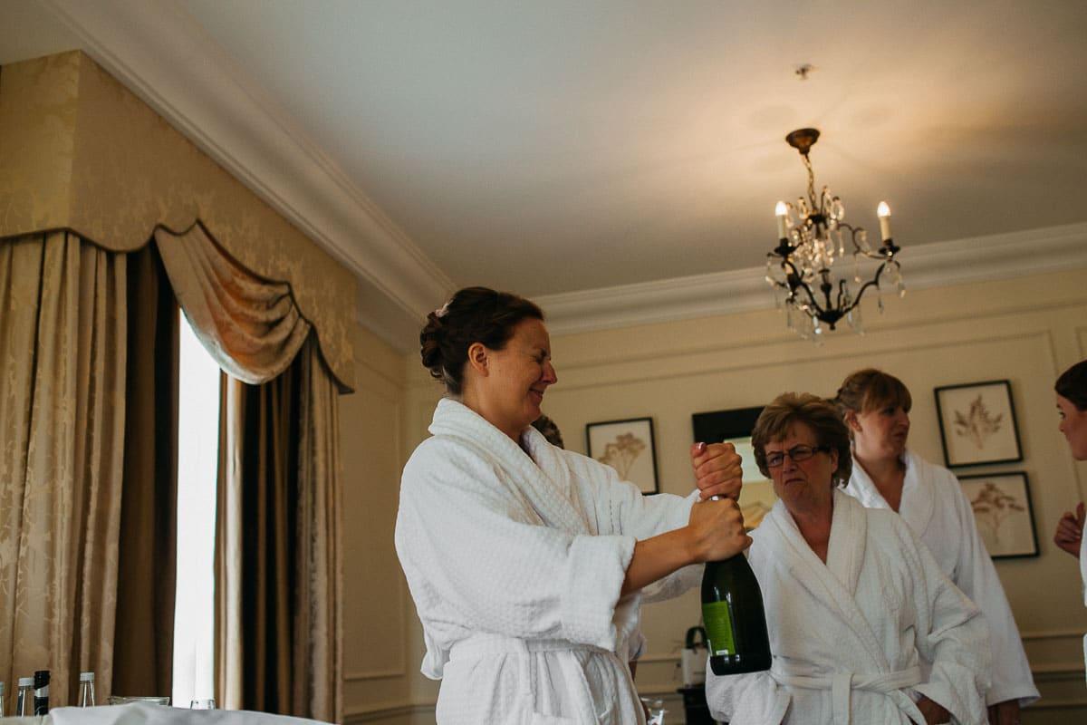 Four Seasons hotel - Hampshire wedding photographer 15