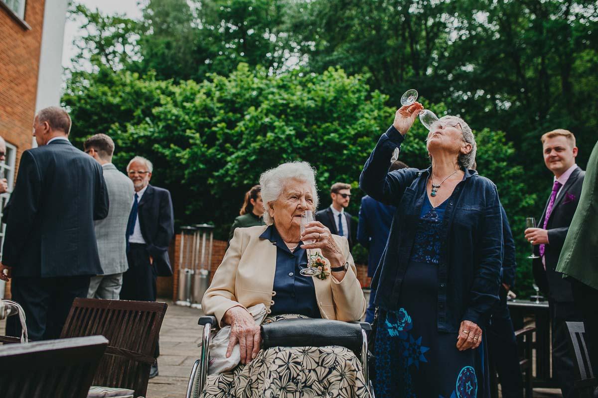 Four Seasons hotel - Hampshire wedding photographer 42