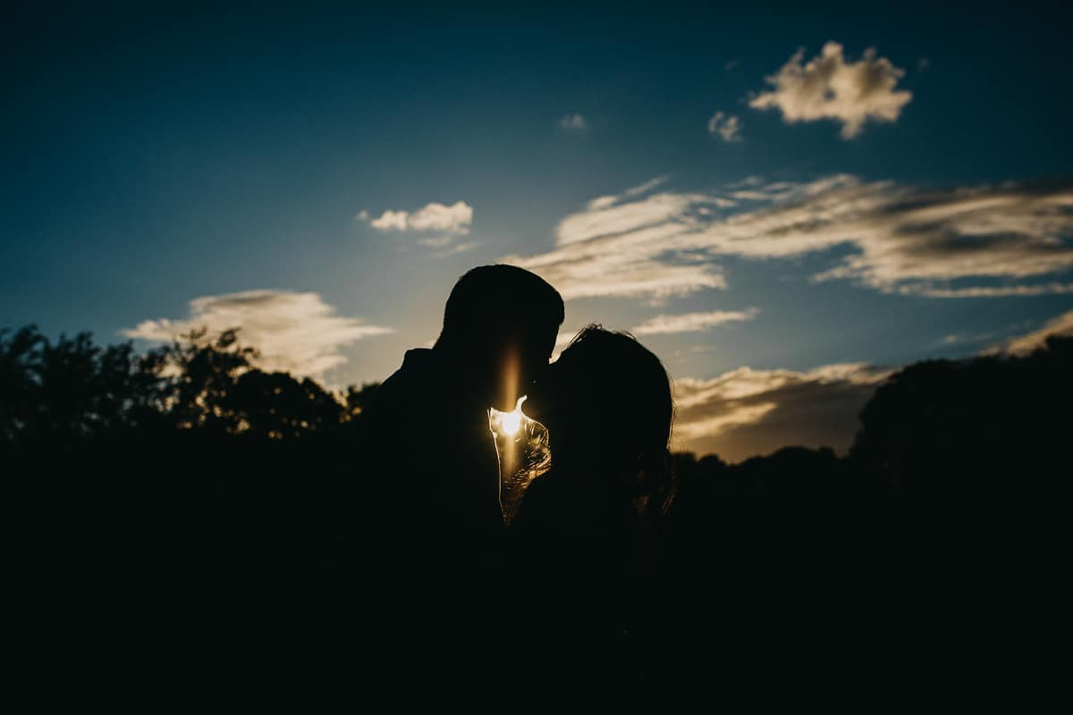 How to choose a professional wedding photographer London 4