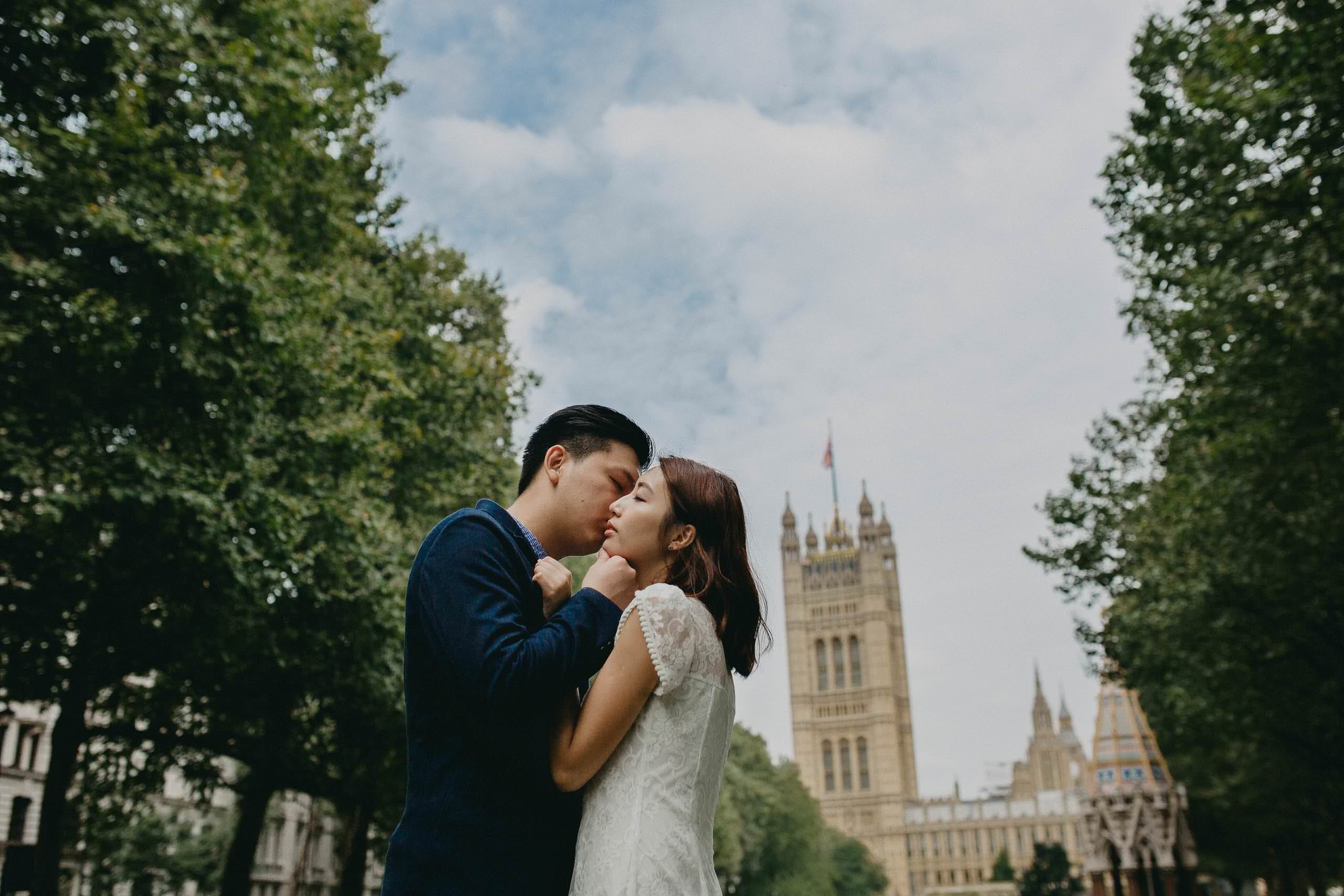 Yin & Rose - engagement shoot in London 1