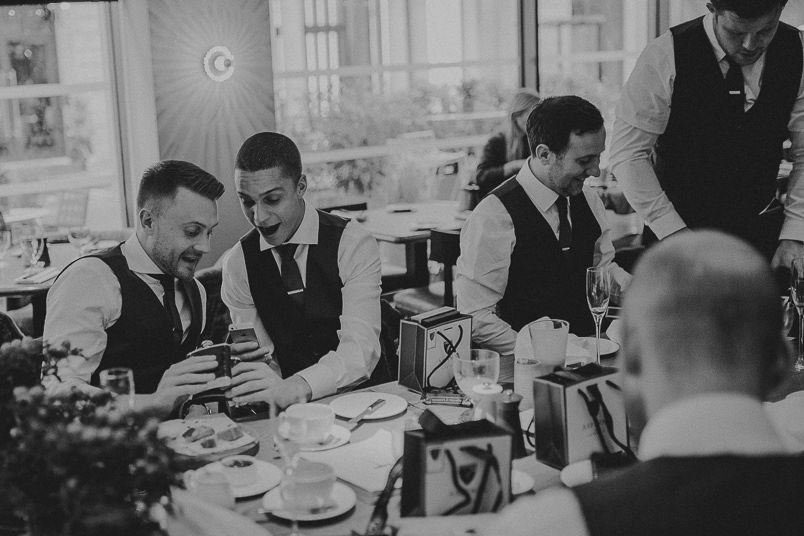 Pub wedding - London wedding photographer 8
