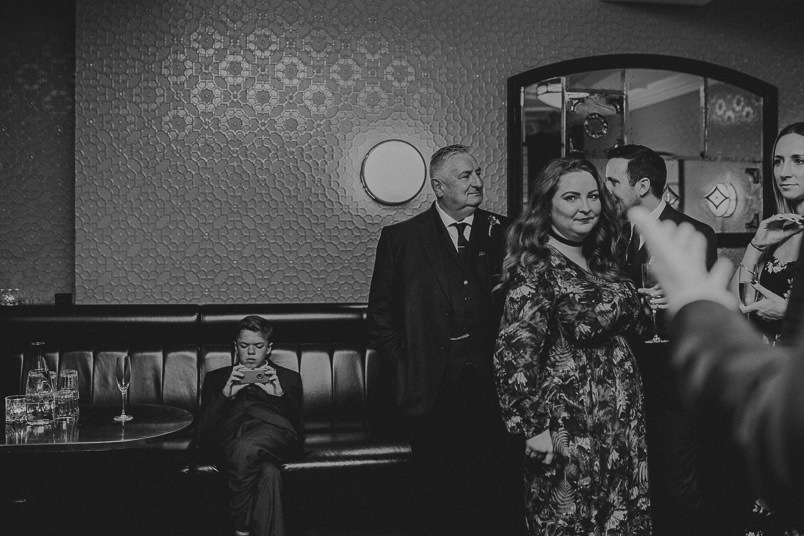 Pub wedding - London wedding photographer 41