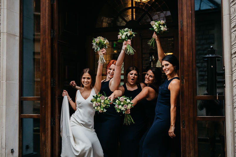 Pub wedding - London wedding photographer 55