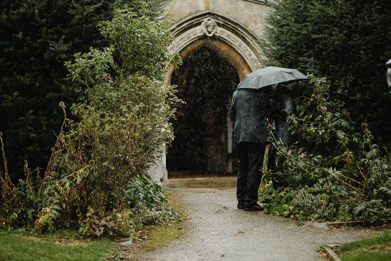 Garden wedding - Wedding photographer Nottingham 26