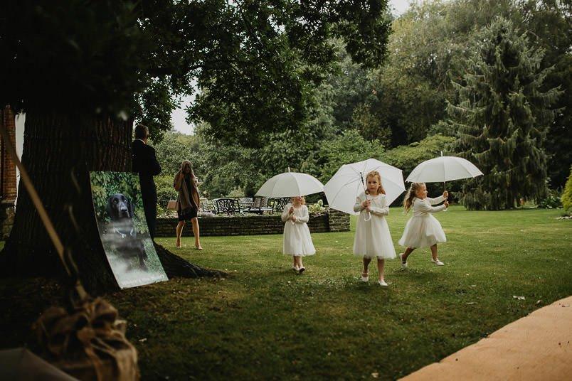 Garden wedding - Wedding photographer Nottingham 37