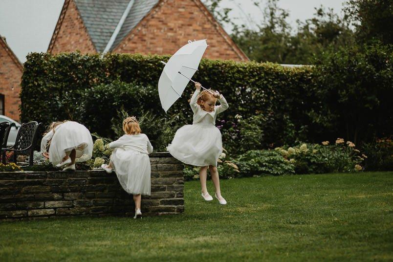 Garden wedding - Wedding photographer Nottingham 44