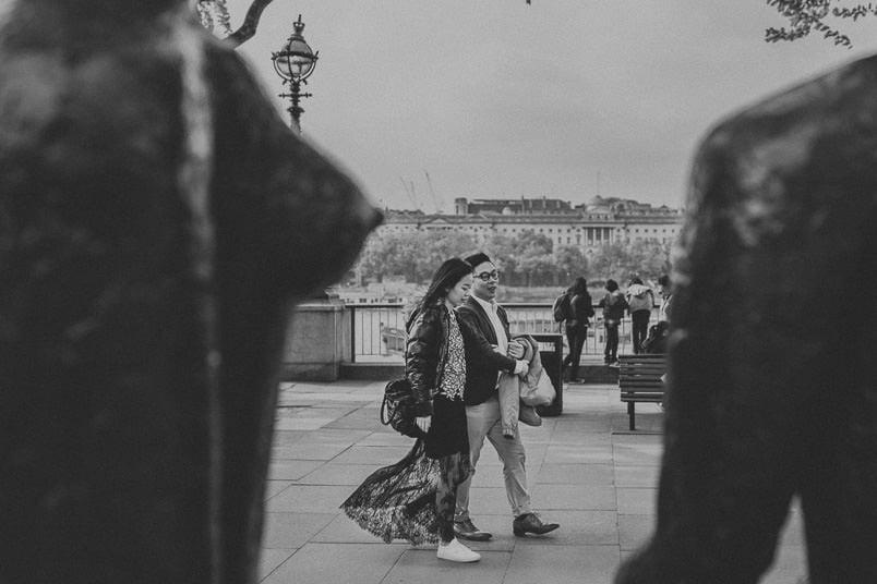 couple walking at southbank