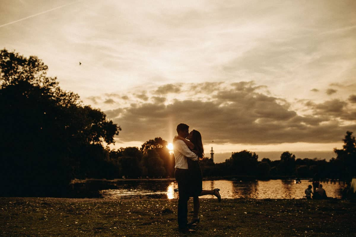 couple in regents park