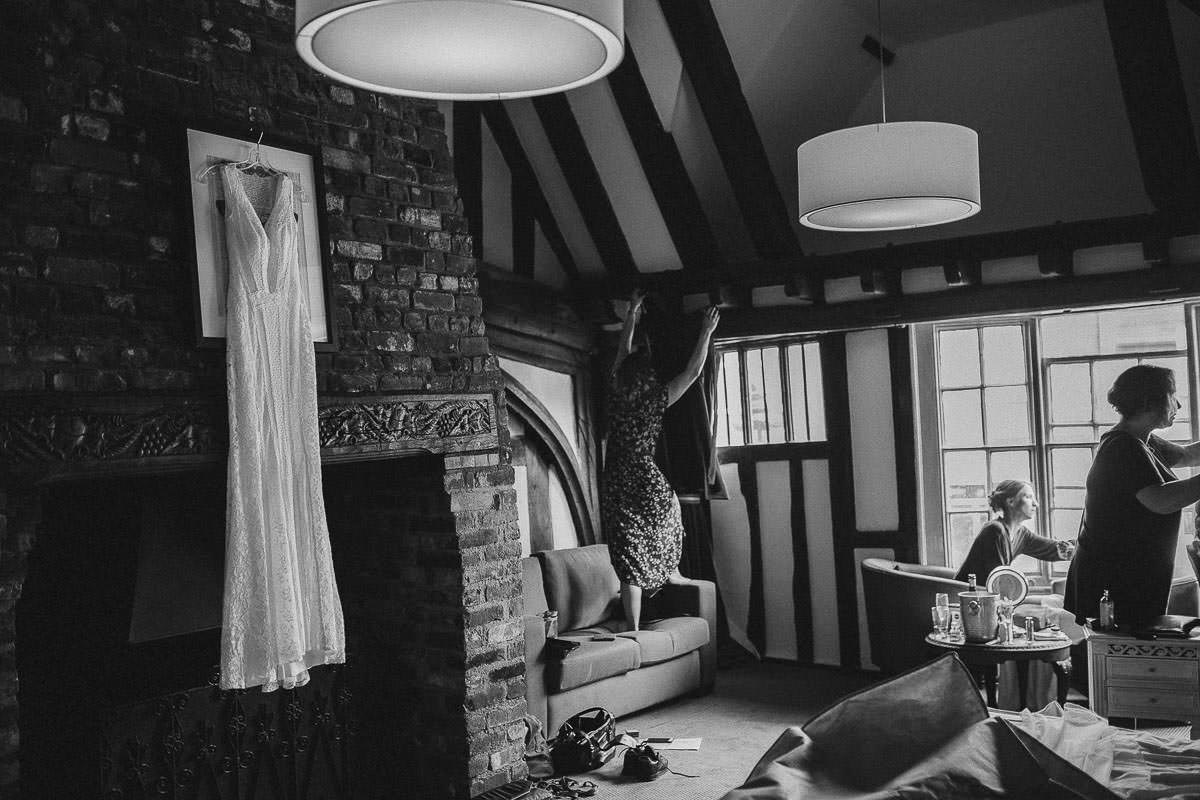 wedding preparation in white hart hotel coggeshall