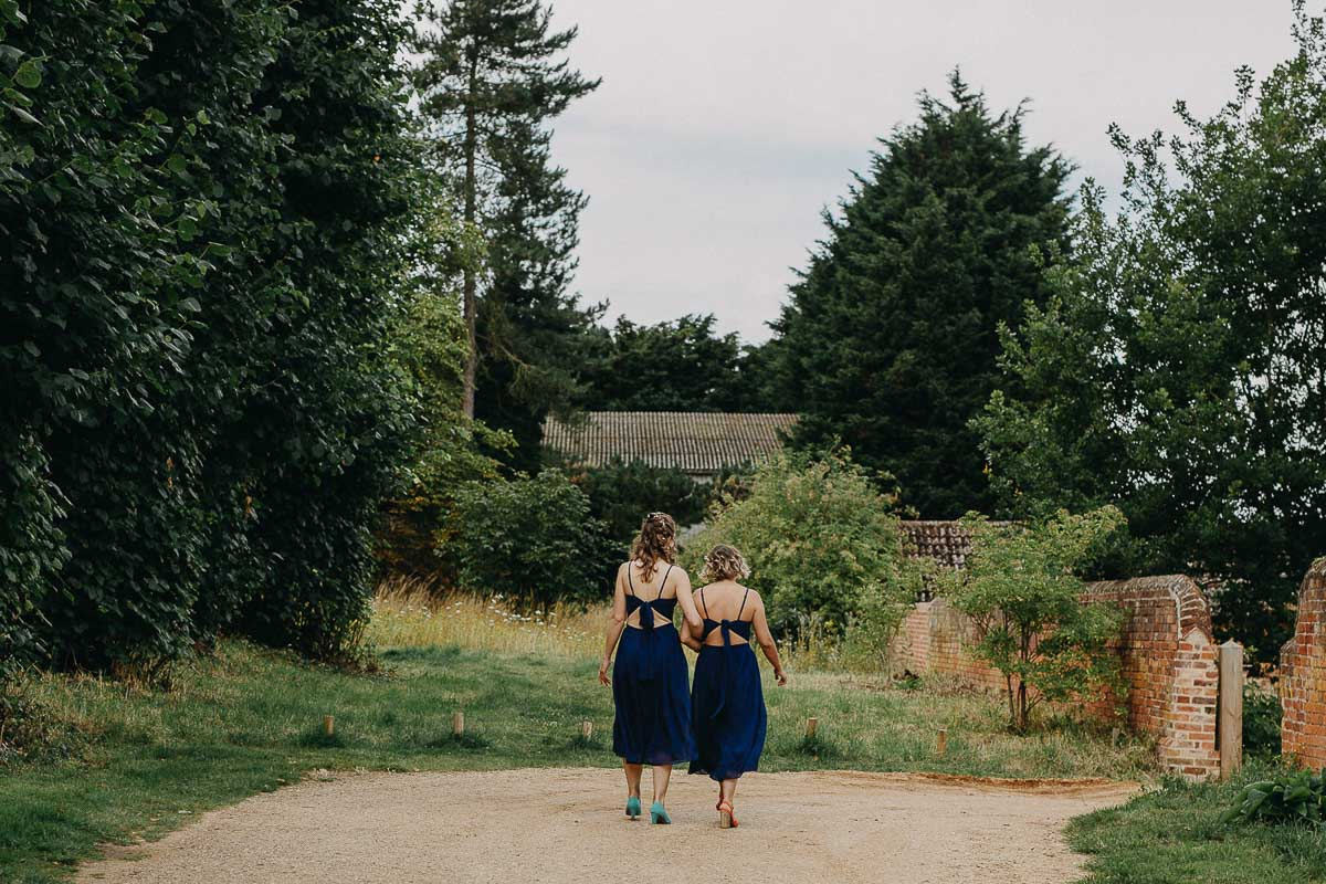 grils walk to coggeshall grange barn wedding